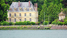 waterside properties in France