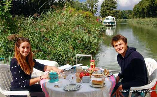 Couples self-drive hire boating France canals