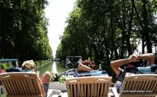 Relaxand enjoy as you cruise the waterways