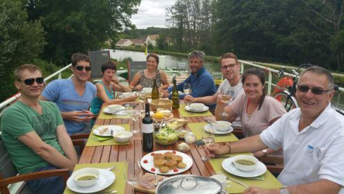 Al-Fresco dining Hotel Barge Johanna Champagne and Loire