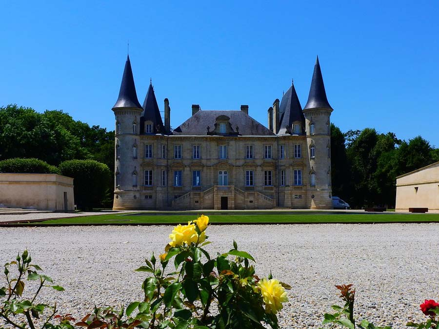 Chateau Pichon Baron Bordeaux river cruise excursion