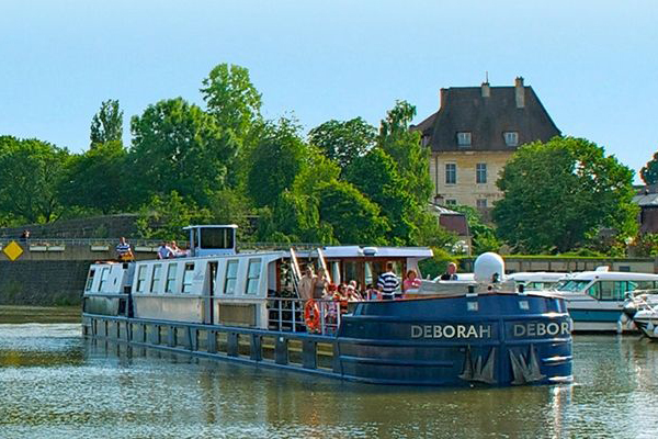 Deborah Canal de Briare Loire french-waterways.com discount