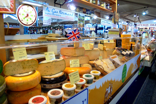 Cheese market Dijon french-waterways