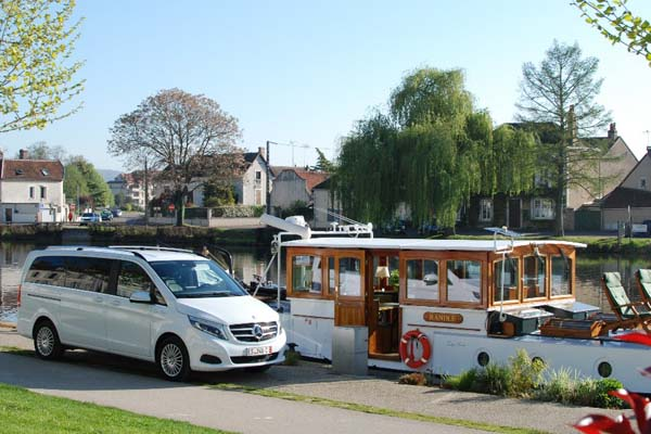 Hotel Barge Randle Nivernais french-waterways.com