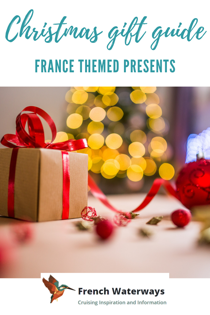 It's that time of year again! With Christmas fast approaching, lots of us are frantically looking for gift ideas. If your list of people you're buying for includes a fan of France, a discerning foodie, a wine connoisseur or someone with an itch for some wanderlust in 2019, read on. Our definitive 2018 Christmas Gift Guide for lovers of France comes with lots of inspiration for presents that they'll all thank you for this year.