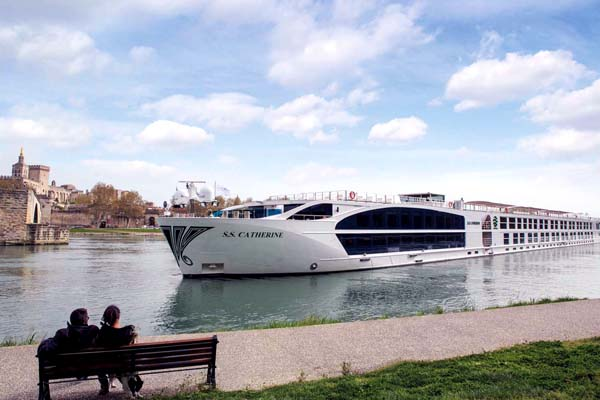 SS Catherine Uniworld Avignon french-waterways
