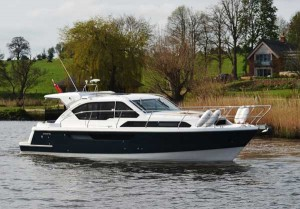 Broom 35 coupe boat for sale