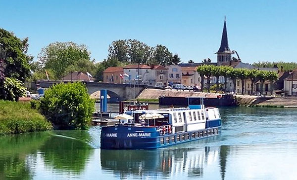 CroisiEurope Hotel Barge Anne-Marie Provence