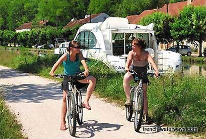 French canals self-drive holiday cruise offers