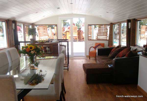 Hotel Barge Enchante CruiseCanal du Midi