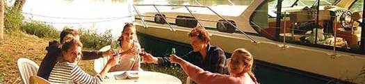self-drive canal boat rental france