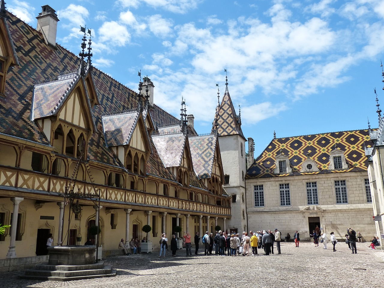 hospice beaune burgundy wine cruises