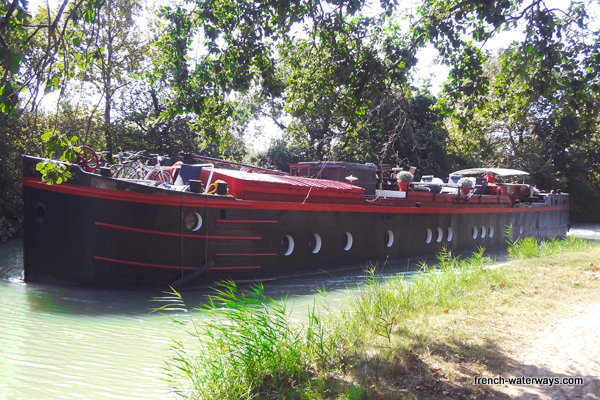 Hotel barge Mirage Canal du Midi