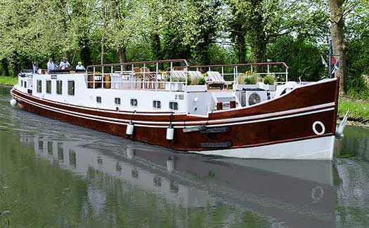 Hotel barge luxury cruise France Aquitaine Bordeaux