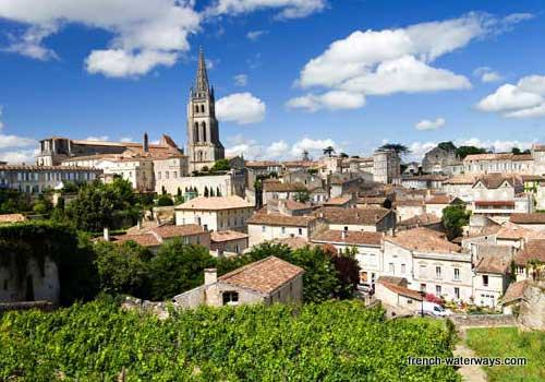 River cruise Bordeaux St Emilion wine